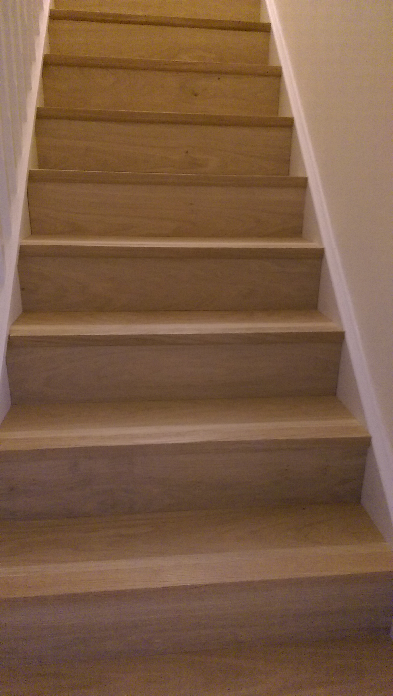 Laminate flooring oxfordshire thefloors co for Floor 88 zalikha